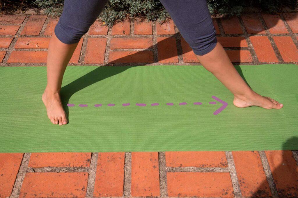Detalle-pies-postura-triangulo