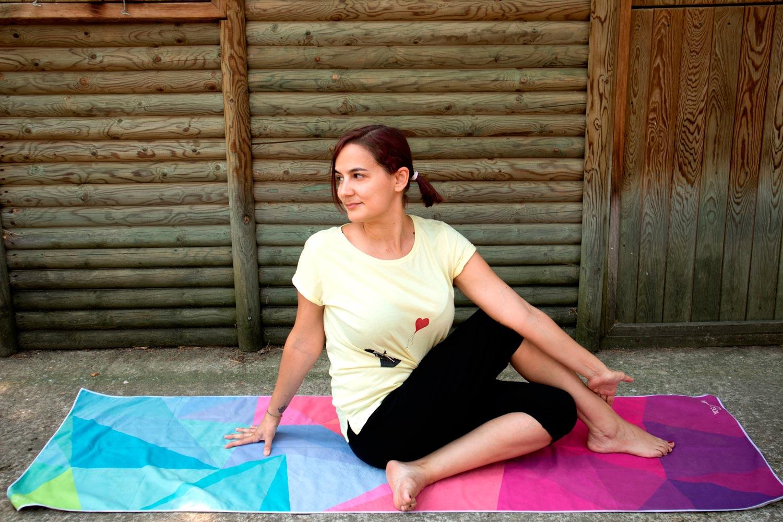 secuencia yoga contra el calor